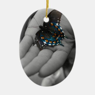Buttefly à disposition ornement ovale en céramique