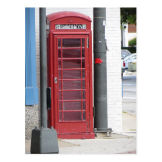Cabine de téléphone rouge carte postale