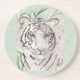 Caboteur blanc de tigre dessous de verres