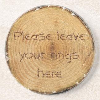 Caboteur d'anneau d'arbre dessous de verres