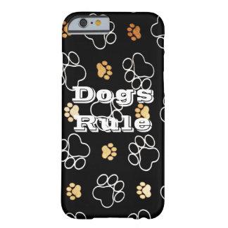 Cadeaux d'empreintes de pattes de règle de chiens coque iPhone 6 barely there