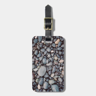 Cailloux gris de roche de voyage étiquette à bagage