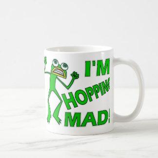 Calembour fou de grenouille de houblonnage drôle mug
