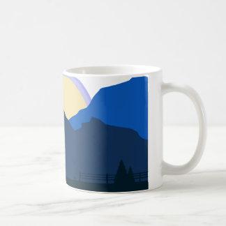 Campagne de lever de soleil mug