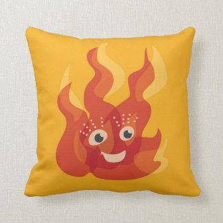 Caractère brûlant heureux de flamme du feu oreiller