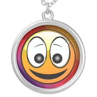 Caractère de sourire de visage collier
