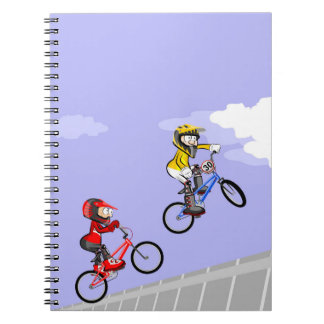 Carnet Bicyclette BMX en sautant par l'air d'à deux