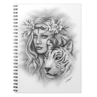 Carnet blanc de chant religieux de fille de tigre