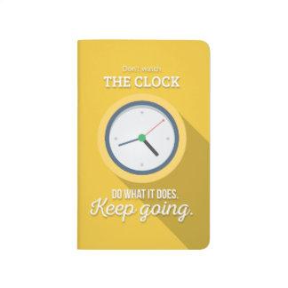 Carnet De Poche Aller Keep n'observent pas l'horloge jaunir
