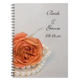 Carnet Épouser rose et blanc d'orange de perles