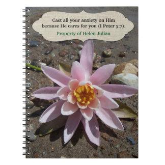 Carnet Il s'occupe de vous l'écriture sainte de fleur