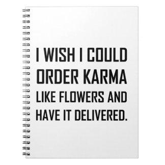 Carnet Karma comme la plaisanterie fournie par fleurs