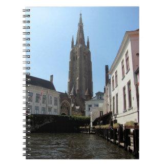 Carnet Paysage avec le canal de l'eau à Bruges, Belgique