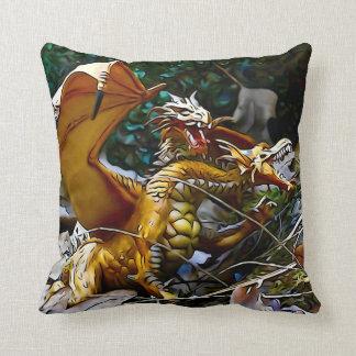 Carré d'or de nid de dragons coussin