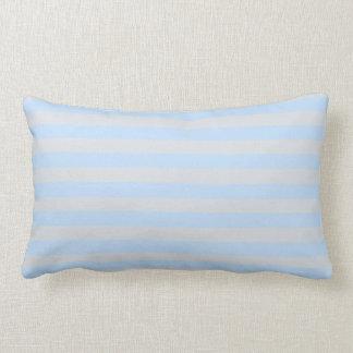 Carreau bleu-foncé de rayures de lumière moderne coussin
