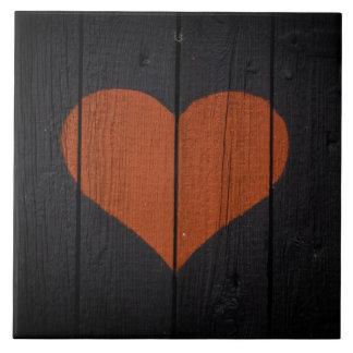 Carreau Coeur peint par grain en bois rustique