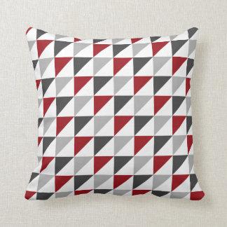 Carreau géométrique rouge et gris oreiller