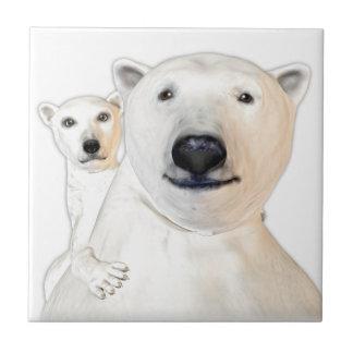 Carreau Mère d'ours blanc avec le jeu d'enfant