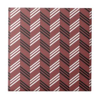 Carreau Motif géométrique de zigzag rouge brunâtre à la