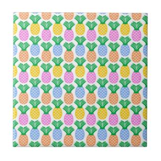 Carreau Motif moderne coloré d'ananas