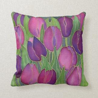 Carreau pourpre de conception de tulipes oreillers