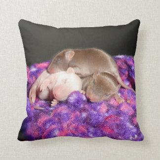 Carreau réversible de souris de bébé oreillers