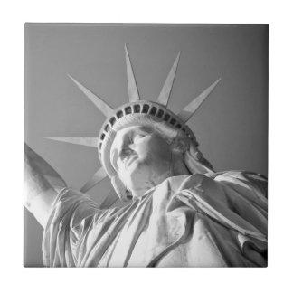 Carreau Statue de la liberté blanche noire