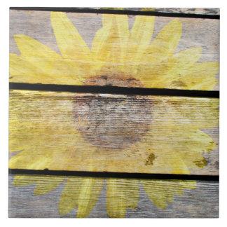 Carreau Tournesol rustique sur le bois