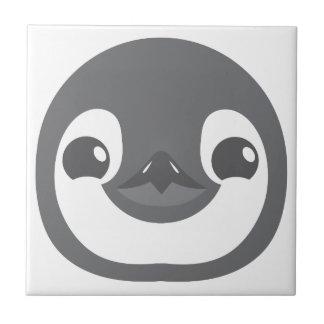 Carreau visage de pingouin de bébé