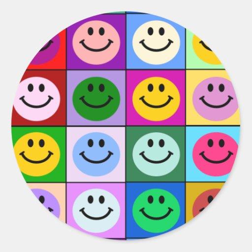 Carrés souriants multicolores adhésif rond