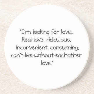 """Carrie Bradshaw : """"Je recherche l'amour """" Dessous De Verres"""
