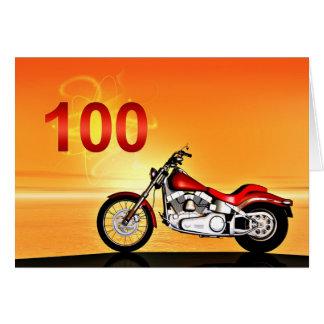 Carte 100th coucher du soleil de moto d'anniversaire
