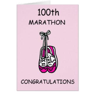 Carte 100th félicitations de marathon pour le feamle,