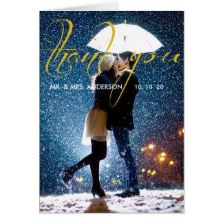 Carte Ajouter au parapluie embrassant à la neige/au
