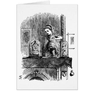 Carte Alice émerge du miroir