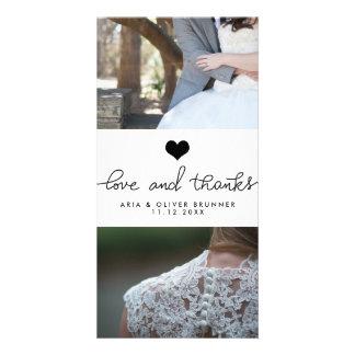 Carte Amour de coeur et mariage mignons de typographie