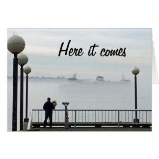 Carte Anniversaire brumeux de ferry-boat de Seattle