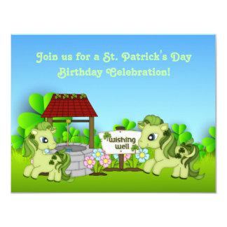 Carte Anniversaire de cheval du jour de St Patrick vert