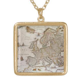 Carte antique de l'Europe par Willem Jansz Blaeu, Collier Plaqué Or