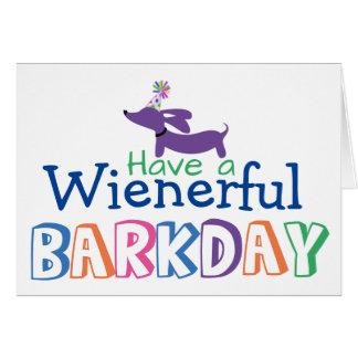 Carte Ayez une note de chien de saucisse d'anniversaire