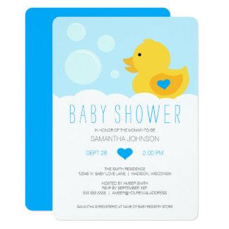 Carte Baby shower mignon en caoutchouc de garçon de bain