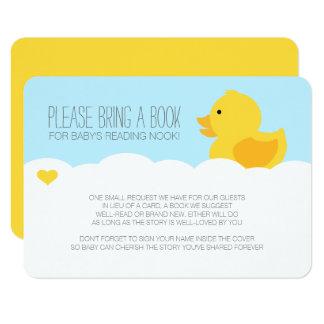 Carte Baby shower mignon en caoutchouc jaune de bain