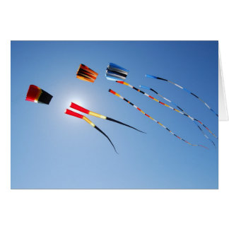 Carte Cerfs-volants multi de longue queue de couleur