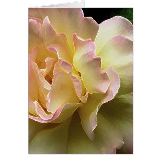 Carte de Pâques glorieuse de rose jaune