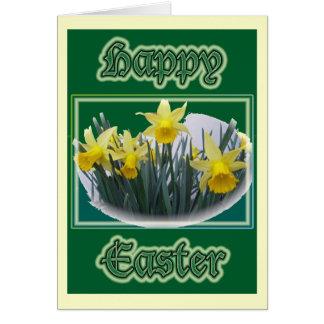 Carte de Pâques heureuse de mini jonquilles