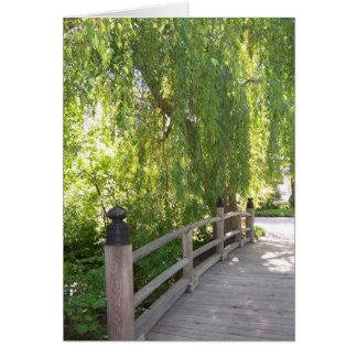 Carte de pont de jardin