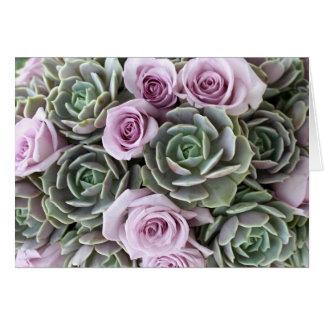Carte de roses et d'echeverias de lavande