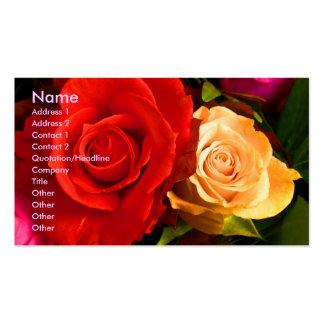 Carte de visite rouge d'artiste de rose jaune
