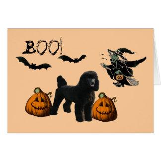 Carte de voeux de Halloween de caniche