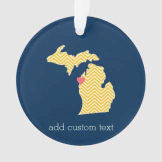 Carte d'État du Michigan avec le coeur et le nom